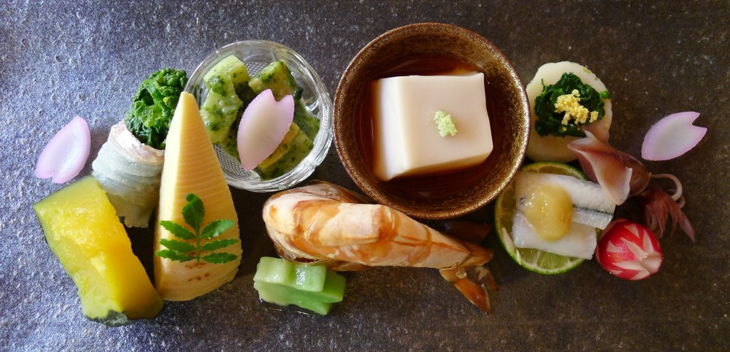 16 Shoraian - vegetables with shrimp - akorm squash, plain bamboo, bamboo in a. Grass sauce, mochi, sesame tofu, fish wrapped around broccoli, radish, squid, scallop,fish on a lime with miso