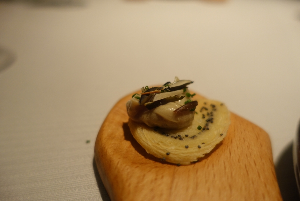 09 - JW Menu - Pork Snout sweet & sour Gillardeau oyster
