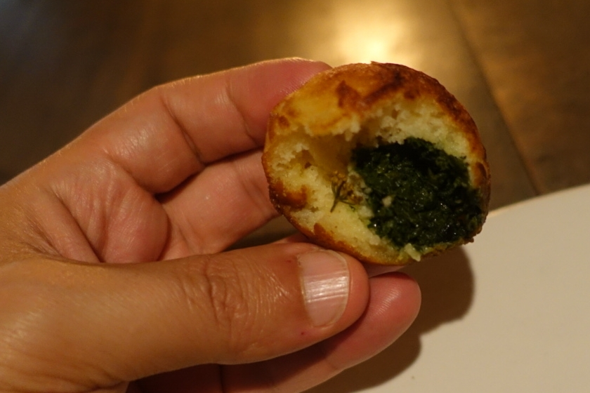17 - Æbleskiver with greens