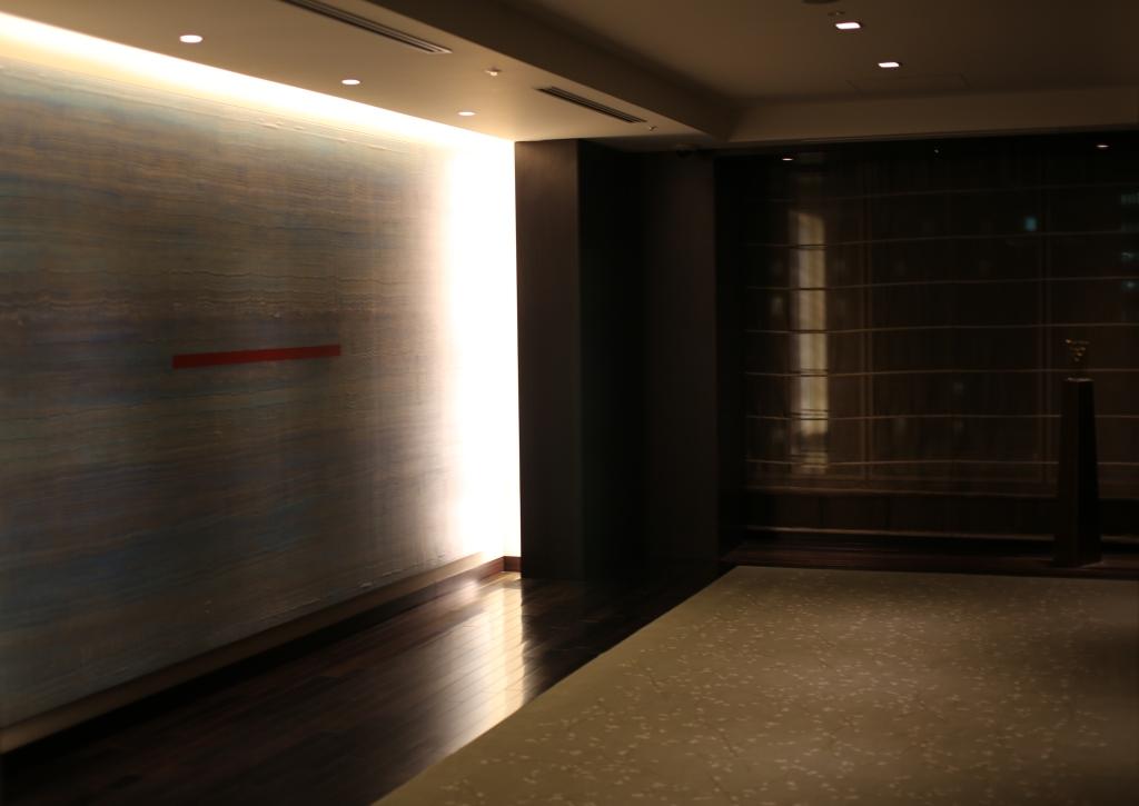 04 Hilton Conrad