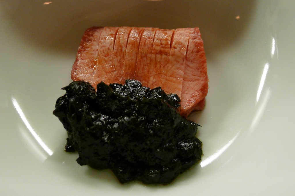 08 Isshin - Low tongue with seaweed and soy sauce