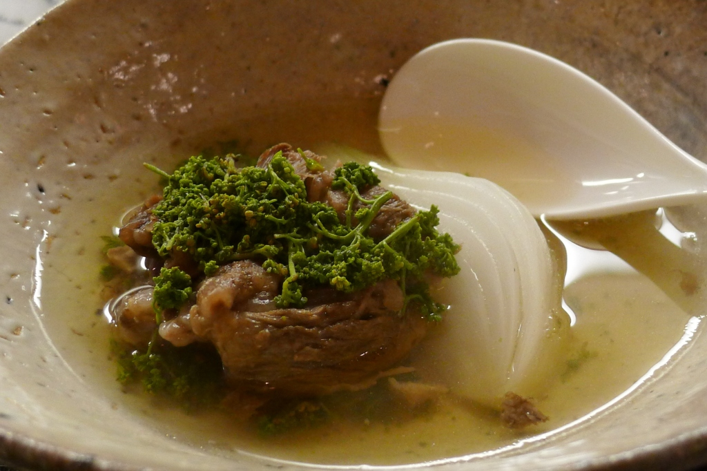 09 Isshin - Oxtail and onion in a consomme