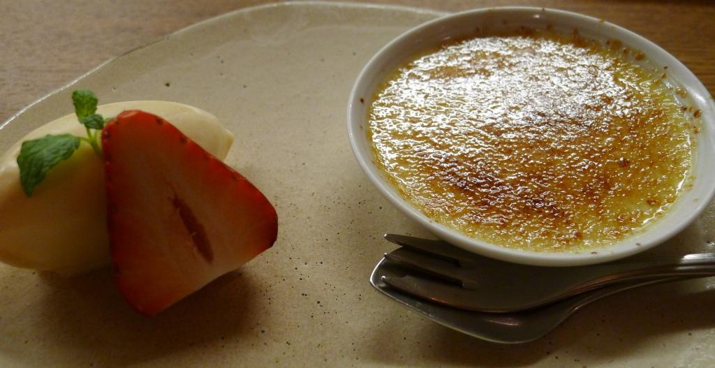 18 Isshin - Red bean creme brûlée with sake ice cream