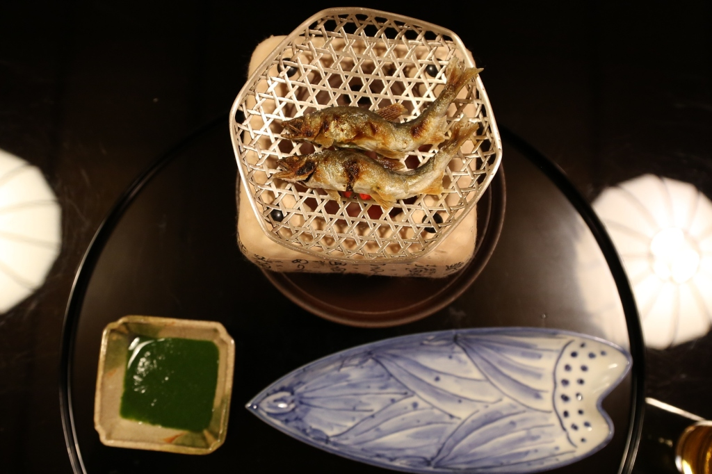 19 Kitcho Arashiyama Honten - Grilled sweet fish with a wild vegetable sauce