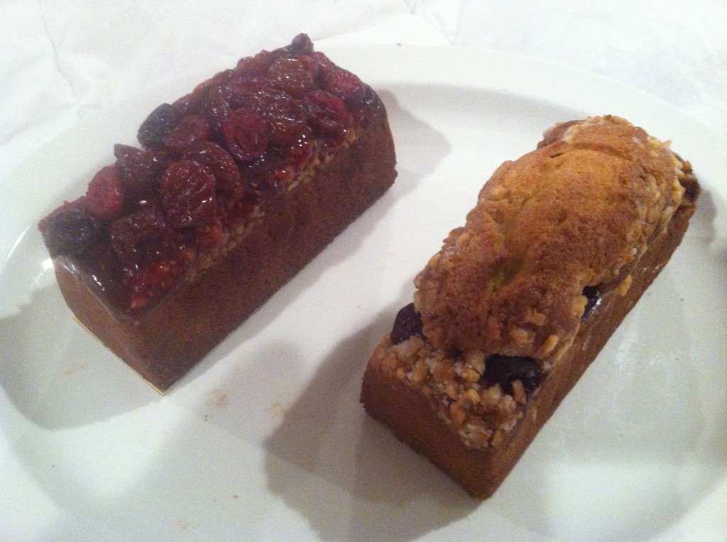 21 Hidemi Sugino Cranberry and Blueberry Nut
