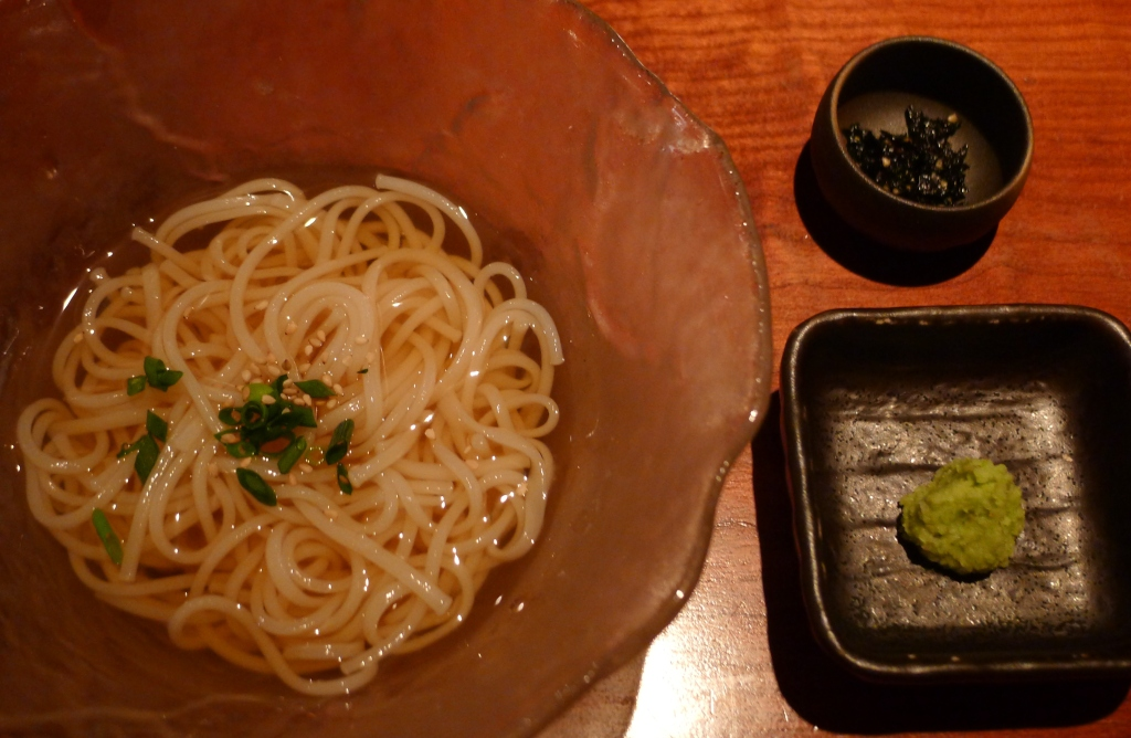 28 Yoroniku - Cold soba noodles with seaweed and wasabi